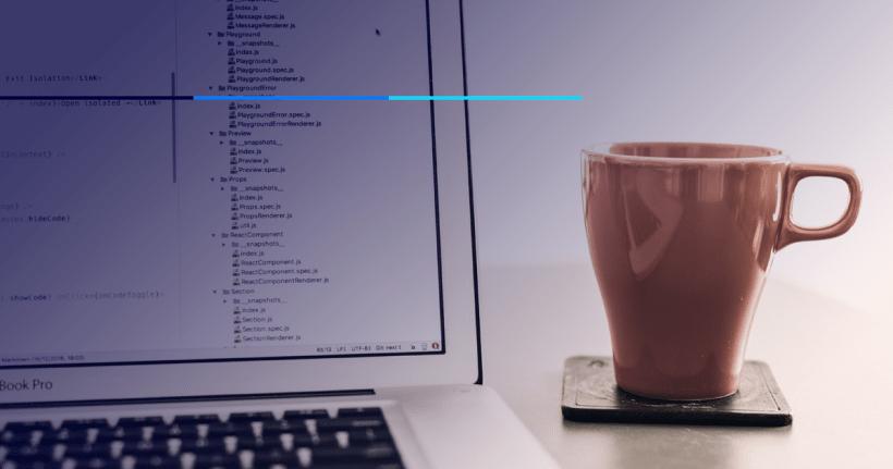 tela de computador com programação em javascript